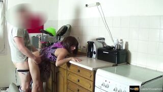 Stepmom screwed and get creampie by stepson during the time that that babe is stuck
