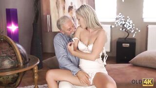 OLD4K. Experienced Teacher Doesnt Waste Chance to Bang Sexy Disciple